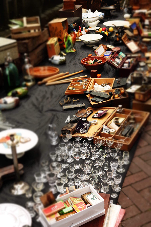 antique-bazaar-blur-179959